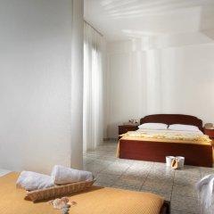 Отель Acrotel Lily Ann Village 2* Стандартный семейный номер с двуспальной кроватью фото 4