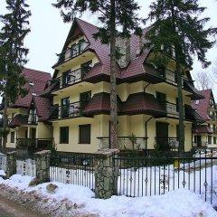 Отель Apartamenty Przy Młynie Закопане приотельная территория