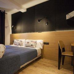 Отель Hostal CC Malasaña Стандартный номер с двуспальной кроватью фото 5