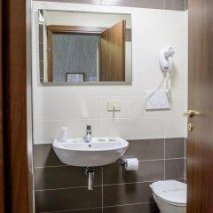 Отель Emmaus 3* Стандартный номер с различными типами кроватей фото 12