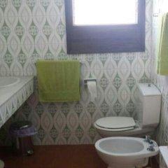 Отель Villa Magi Испания, Кала-эн-Бланес - отзывы, цены и фото номеров - забронировать отель Villa Magi онлайн ванная фото 2