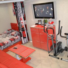 Апартаменты Red Bus Apartment na Mira фитнесс-зал фото 2