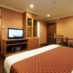 Отель Admiral Suites Sukhumvit 22 By Compass Hospitality 4* Улучшенная студия фото 6
