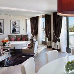 Отель Mandarin Oriental Paris 5* Номер Делюкс с различными типами кроватей фото 4
