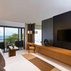 Отель Novotel Phuket Kata Avista Resort And Spa 4* Представительский номер двуспальная кровать фото 3