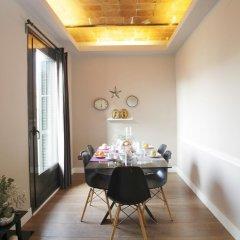 Апартаменты AinB Eixample-Miro Apartments Апартаменты с различными типами кроватей
