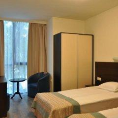 Hotel Burgas Free University Стандартный номер с разными типами кроватей фото 9