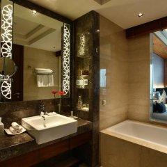 Отель Crowne Plaza New Delhi Rohini 5* Стандартный номер с различными типами кроватей фото 4