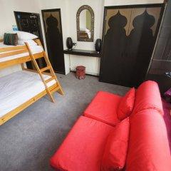 Отель Moroccan Riad Стандартный номер с различными типами кроватей фото 7