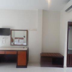 Отель Kasemsuk Guesthouse удобства в номере