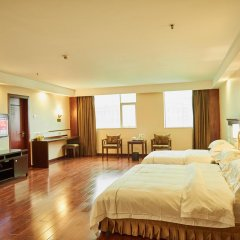 Отель Zhongshan Tianhong Hotel Китай, Чжуншань - отзывы, цены и фото номеров - забронировать отель Zhongshan Tianhong Hotel онлайн комната для гостей