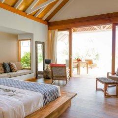 Отель Kudafushi Resort and Spa 5* Вилла разные типы кроватей фото 12