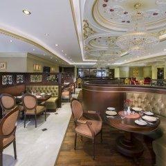 Royal Rose Hotel гостиничный бар
