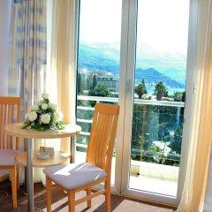 Hotel Montenegro Beach Resort 4* Стандартный номер с различными типами кроватей фото 8