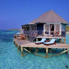 Отель Kuredu Island Resort 4* Вилла с различными типами кроватей фото 15