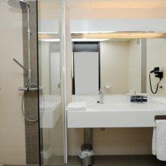 Отель City Inn Luxe Hotel Бельгия, Антверпен - 1 отзыв об отеле, цены и фото номеров - забронировать отель City Inn Luxe Hotel онлайн ванная