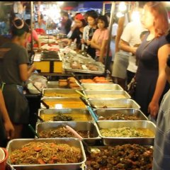 Отель Thana Patong Guesthouse питание фото 2