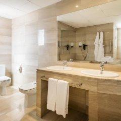 Hotel ILUNION Almirante ванная фото 2