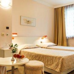 Hotel Geneva 4* Стандартный номер с двуспальной кроватью фото 2