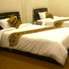 Отель BAANBORAN Бангкок комната для гостей фото 4