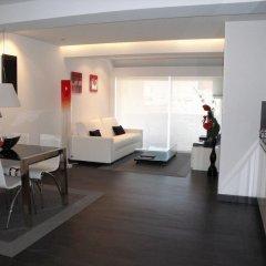 Отель Apartamentos Okendo Сан-Себастьян интерьер отеля