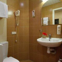 Гостиница Невский Бриз 3* Стандартный номер с разными типами кроватей фото 49
