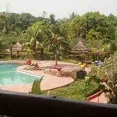 Отель Afrikiko River Front Resort бассейн фото 2