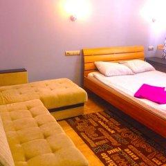 Гостиница Друзья комната для гостей фото 4