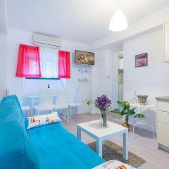 Апартаменты Apartments History комната для гостей фото 3