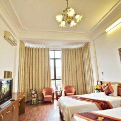 Hanoi Little Center Hotel 3* Стандартный номер двуспальная кровать фото 8