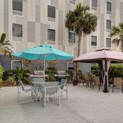 Отель Hampton Inn Suites Sarasota/Bradenton Airport фото 4