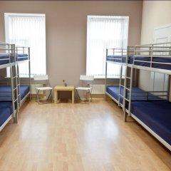 Inger Hotel Кровать в общем номере с двухъярусной кроватью