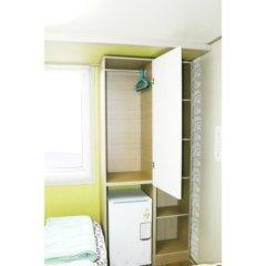 Отель Patio 59 Hongdae Guesthouse 2* Номер категории Эконом с 2 отдельными кроватями фото 7