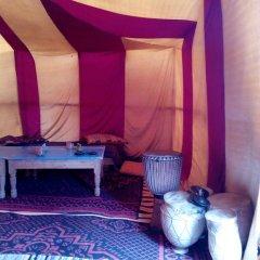 Отель Desert Camel Camp Марокко, Мерзуга - отзывы, цены и фото номеров - забронировать отель Desert Camel Camp онлайн интерьер отеля фото 3