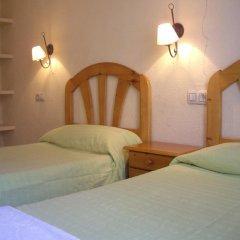 Отель Hostal Pacios Стандартный номер с 2 отдельными кроватями (общая ванная комната) фото 7