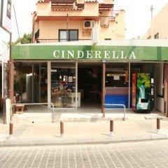 Отель Cinderella Flats городской автобус