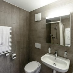 Отель RELOC Serviced Apartments Zurich-Oerlikon Швейцария, Цюрих - отзывы, цены и фото номеров - забронировать отель RELOC Serviced Apartments Zurich-Oerlikon онлайн ванная