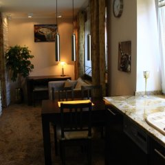 Апартаменты Old Muranow Apartment by WarsawResidence Group питание