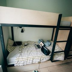 V4Vilnius Hostel Кровать в общем номере с двухъярусной кроватью фото 13