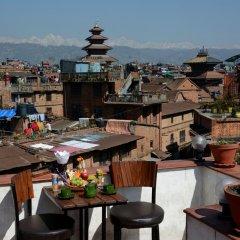 Отель Cosy Hotel Непал, Бхактапур - отзывы, цены и фото номеров - забронировать отель Cosy Hotel онлайн питание фото 3