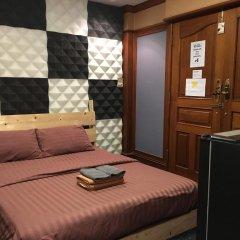Отель B&b 22 House Бангкок комната для гостей фото 2