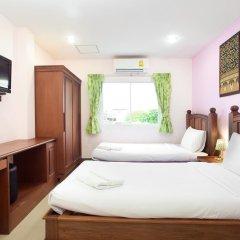 Отель Baan Sutra Guesthouse 3* Стандартный номер фото 7