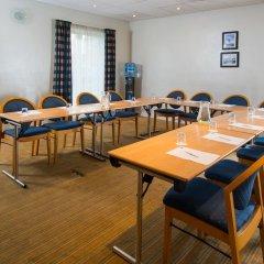 Отель Holiday Inn Express East Манчестер помещение для мероприятий фото 2