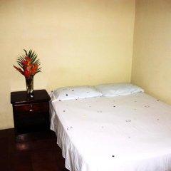 Hotel & Hostal Yaxkin Copan 2* Стандартный номер с двуспальной кроватью фото 3