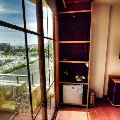 Отель Clear Sky Inn By Wonderland Maldives 3* Улучшенный номер фото 6