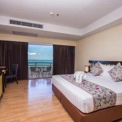 Отель D Varee Jomtien Beach 4* Номер Делюкс с различными типами кроватей фото 15