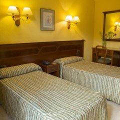 Отель Reina Cristina 3* Номер Делюкс с различными типами кроватей фото 2