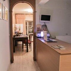 Отель Жилое помещение Все свои на Большой Конюшенной Санкт-Петербург в номере фото 2