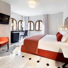 Отель Eurostars Conquistador 4* Стандартный номер с двуспальной кроватью