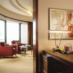 Отель Shangri-La Hotel Kuala Lumpur Малайзия, Куала-Лумпур - 1 отзыв об отеле, цены и фото номеров - забронировать отель Shangri-La Hotel Kuala Lumpur онлайн удобства в номере фото 2